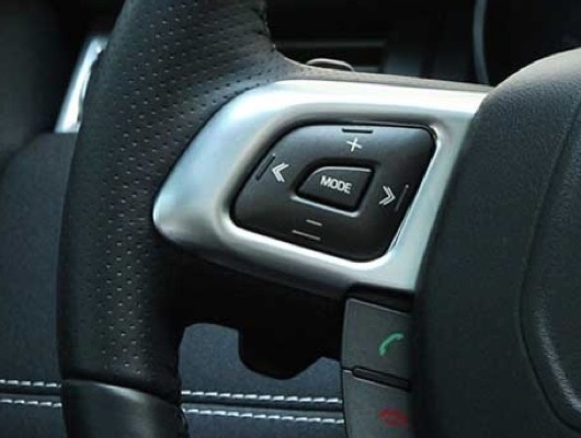 Switches on Steering Wheel Facia and Console image