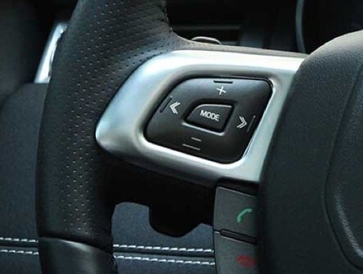 Switches on Steering Wheel Facia and Console