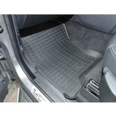 DA4802 - Heavy Duty Land Rover Rubber Black Rubber Mat Set - For Discovery 3 & 4 - Right Hand Drive - With Lipped-Edge