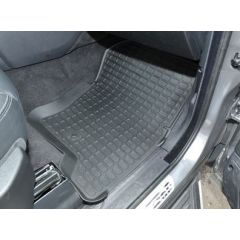 DA4803 - Heavy Duty Land Rover Rubber Black Rubber Mat Set - For Discovery 3 & 4 - Left Hand Drive - With Lipped-Edge