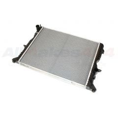 PCC001020 - Defender Radiator for Puma and Late TD5 Engines