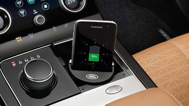 VPLRV0118 - Mobile Phone Charging - Wireless Docking Station - Genuine Land  Rover - For Discovery 5 and Discovery Sport